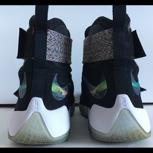 Nike Shoes - NIKE LeBron ZOOM SOLIDER X UNLIMITED Athletic Shoe